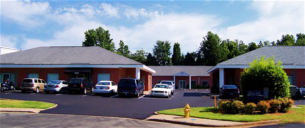 Sharon Amity Business Park Is Located In Charlotte, North Carolinau2026 Only 3  Blocks From East WT Harris Boulevardu2013 A Direct Route To Highways I 85 U0026  I 77!